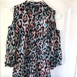 Cold shoulder dress shirt
